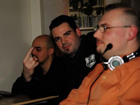 Team SuckerPunch im Radio-Voll-Normal-Studio Gelsenkirchen (13.