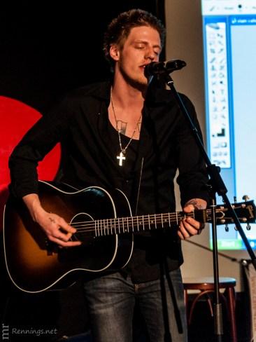 Edy Edwards beim Poetry Slam im Cafe-42