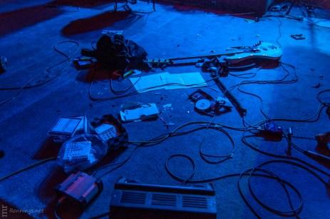 Die Bühne nach dem Auftritt von Muddy Echoes