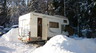 Caravaning in der Winterlandschaft