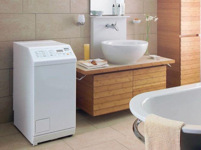 machine a laver dans la salle de bains