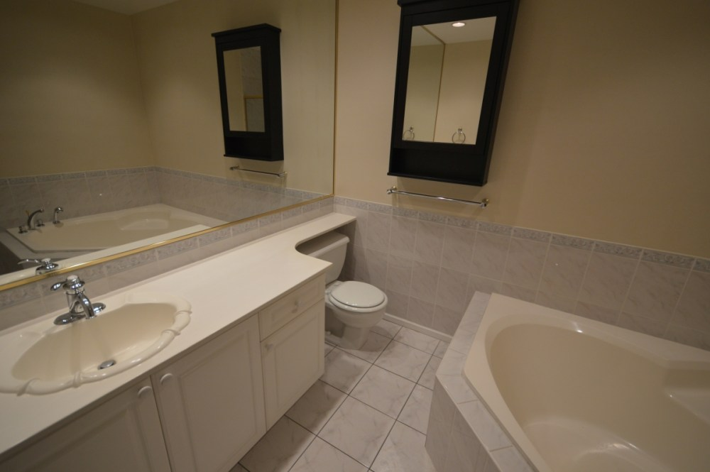 bathroom renovations west vancouver