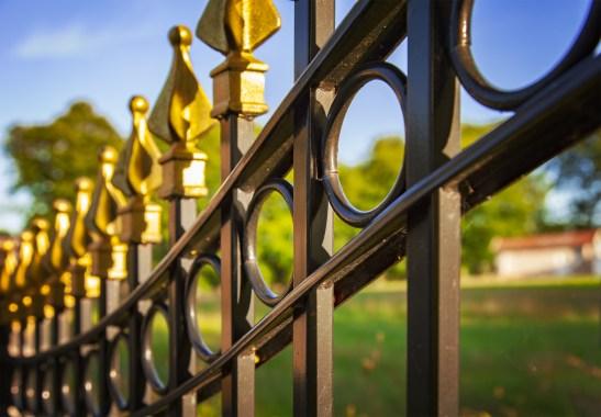 Rénover un portail en fer: pourquoi?