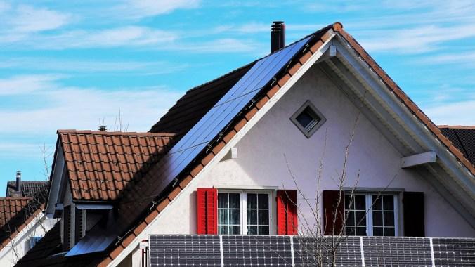 La  toiture chaude vs la toiture froide : laquelle choisir ?