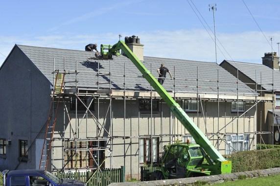 La zinguerie: l'une des différentes étapes de la rénovation de toiture