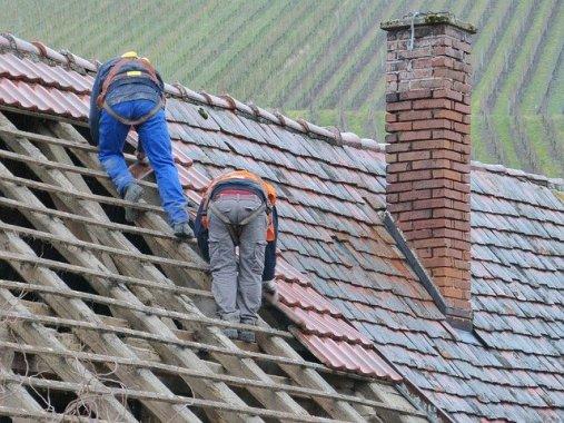 Comment bien planifier la rénovation de votre toiture?