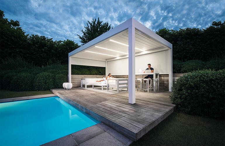 piscine et salon lounge