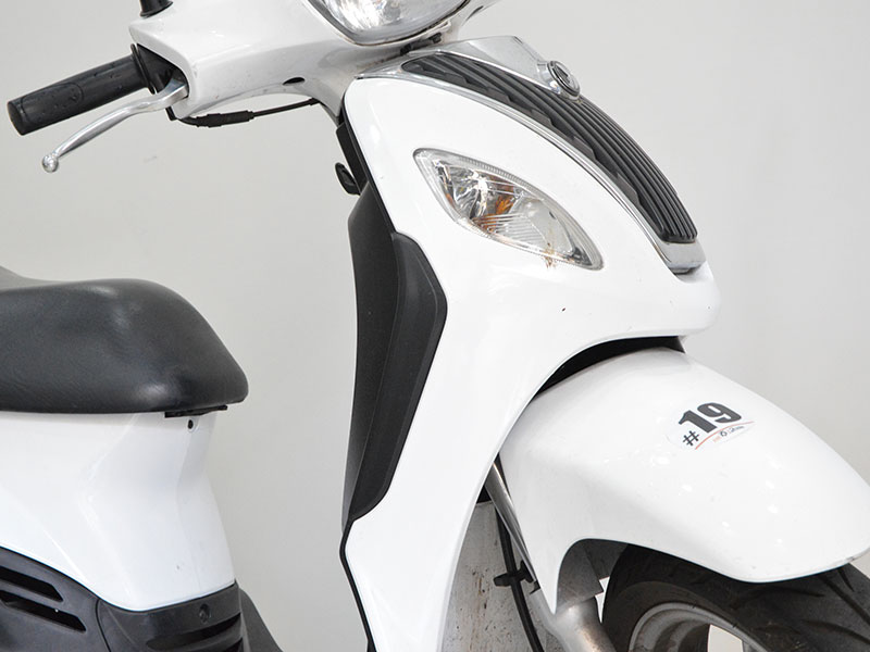 rent2ride-sym-symphony-125-19-rent2ride rent scooter and motorbike salerno