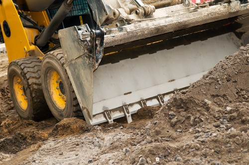 Where to learn about heavy equipment rental contracts
