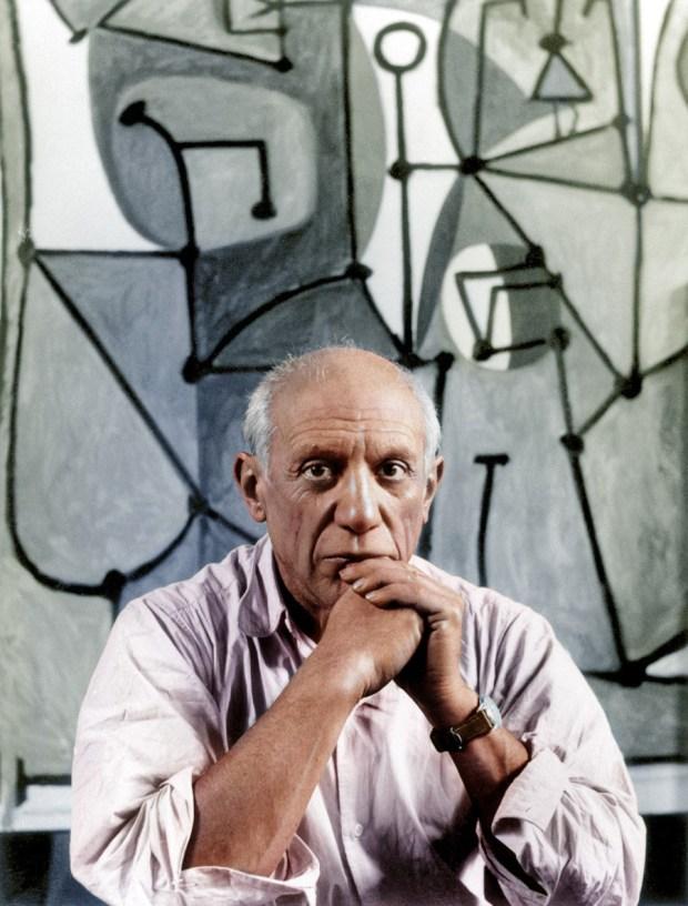 Pablo Picasso pred svojo sliko Kuhinja (Reddit)