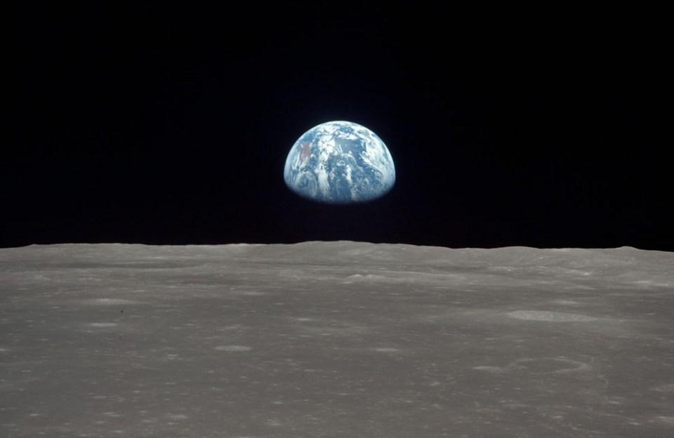 11-zemlja-z-lune