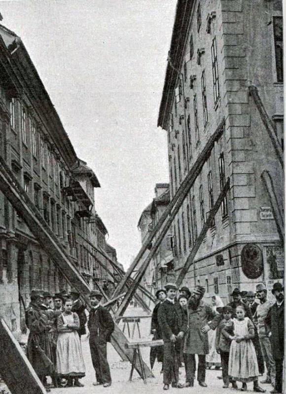 1895 - veliko hiš so morali po potresu podpreti, da se niso zrušile