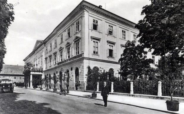 1932 - Kongresni trg in restavracija v stavbi Kazine