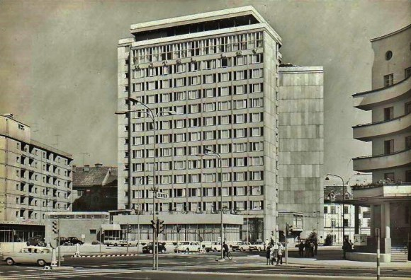 1964 - sveže zgrajeni hotel Lev