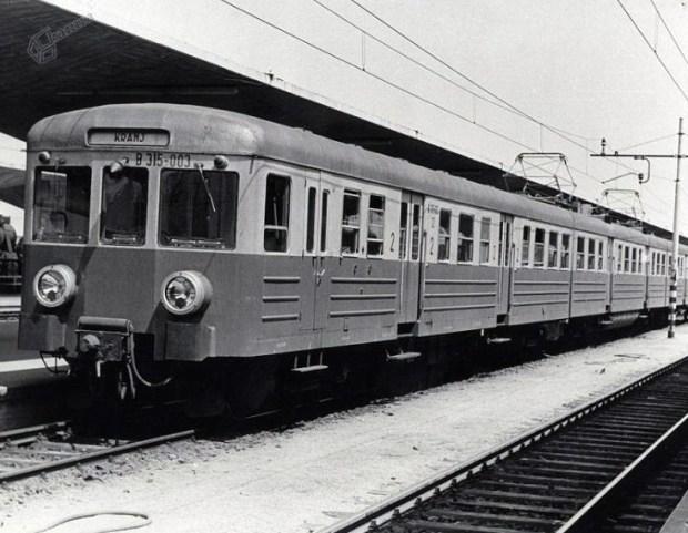 """1965 - nesmrtna """"Gomulka"""", oziroma elektromotorni vlak 311/315"""