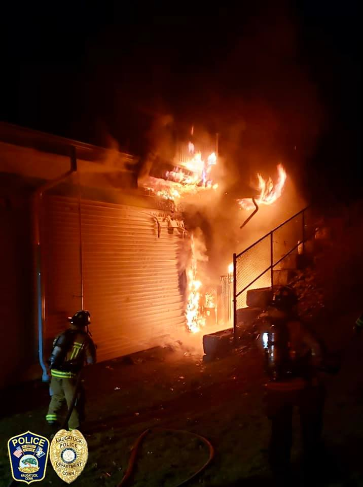 UPDATED: Firefighters douse blaze at Cumberland Farms in Naugatuck