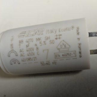 Condensateur f2.8mm 7µF 450V