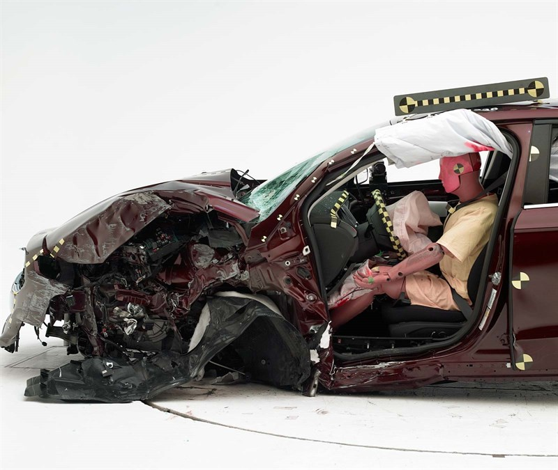 """The 2013-16 Ford Fusion/Lincoln MKZ received an """"acceptable"""" on the IIHS small-overlap crash test. (Provided by Insurance Institute for Highway Safety)"""