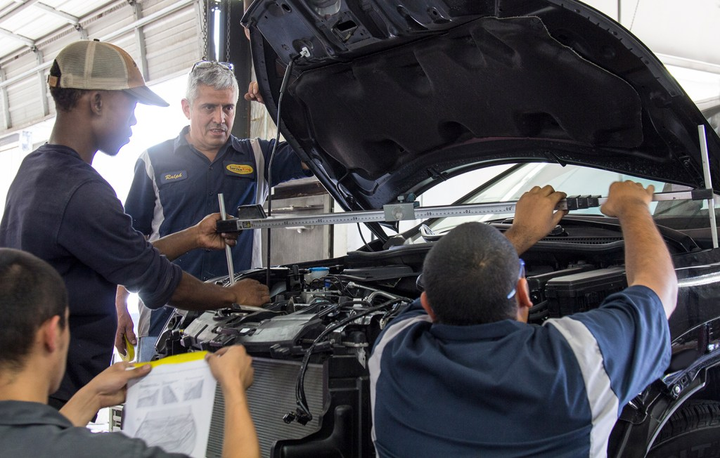 With an inaugural class of 40 apprentices graduated this year and more than double that number in the works for 2017, Service King is another notable example of a collision repairer with a formal plan to build its own employees and alleviate a technician shortage. (Provided by Service King)