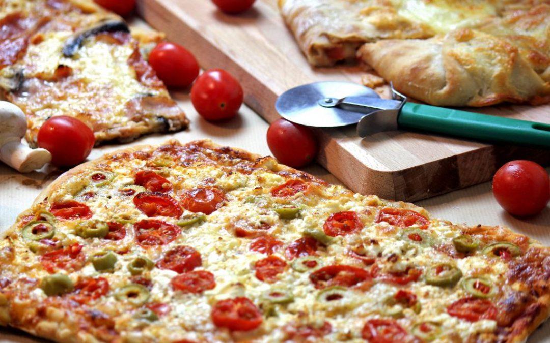 Πίτσα – Σπιτική, Εύκολη, Λαχταριστή!!!
