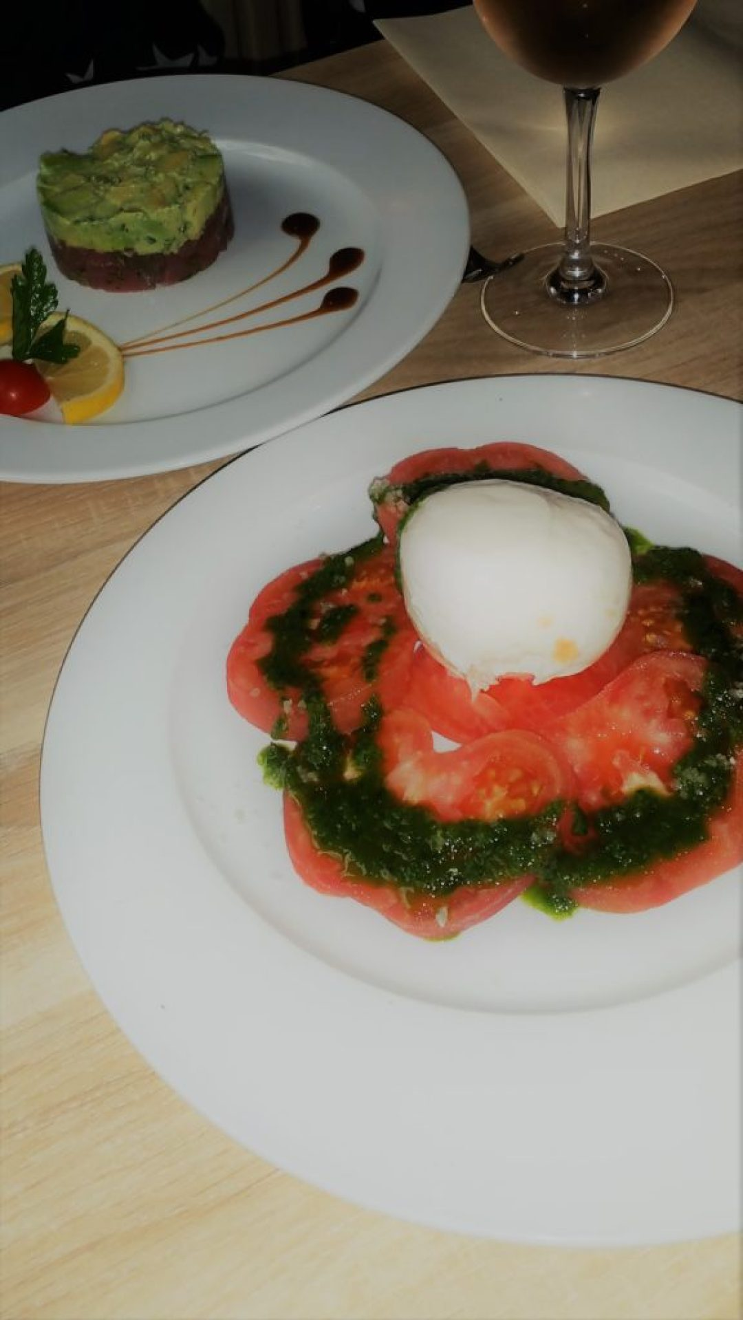 Mozzarella with tomato and pesto sauce & tuna with avocado sauce, LE III, Paris