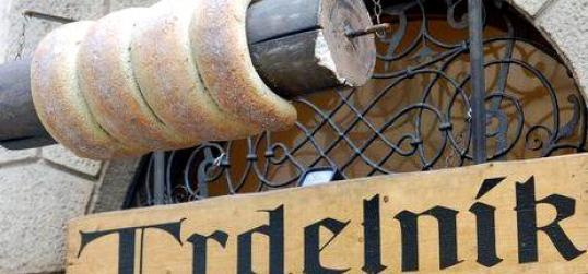 trdelnik, prague, τσεχία παραδοσιακή κουζίνα