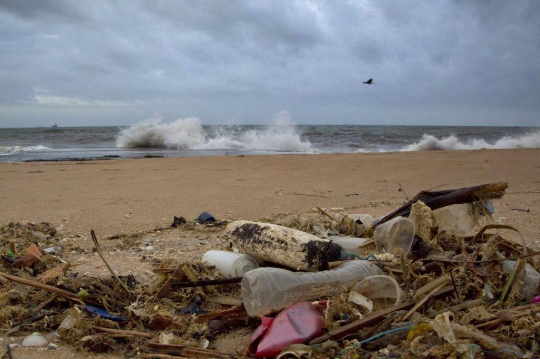 Πλαστικές σακούλες, απαγόρευση, Ελλάδα 2018, περιβαλλοντική μόλυνση, θάλασσα, plastic bags