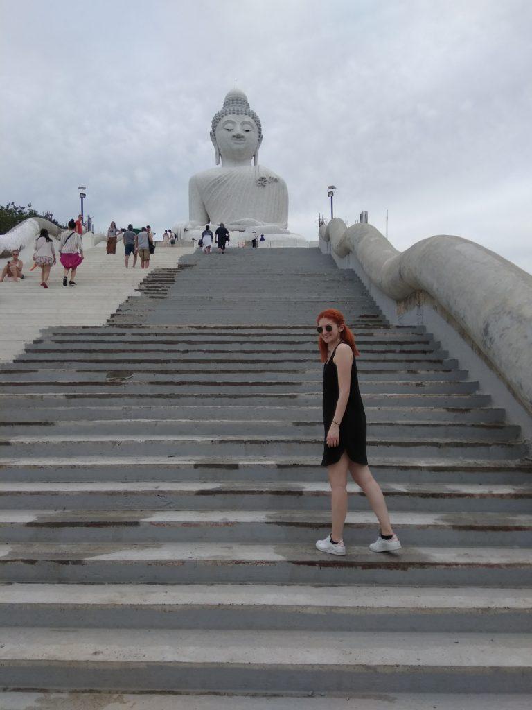 μεγάλος Βούδας αξιοθέατο σκαλιά