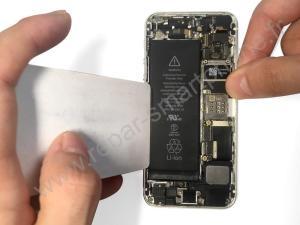 Retirer la batterie iPhone outil en plastique