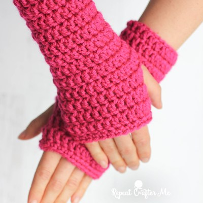 50-Minute Fingerless Crochet Gloves