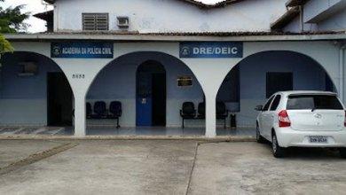 Photo of Dois jovens são presos suspeitos de assaltos no Tabuleiro do Martins, em Maceió