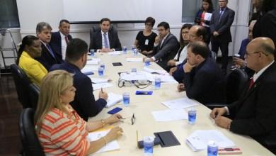 Photo of Câmara Municipal de Maceió recebe promotores para tratar sobre emendas à LOA para as Crianças e Adolescentes