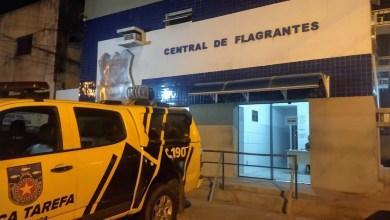 Photo of Jovem é preso por porte ilegal de arma de fogo no Tabuleiro do Martins, em Maceió