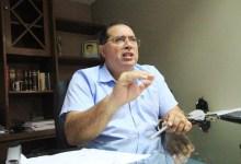 Photo of ELEIÇÕES VÃO ACONTECER – Quem for candidato deve se afastar, alerta Adeilson Bezerra