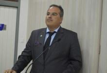 Photo of APERTO! Vereador anuncia que desconto de empréstimo feito pelos servidores públicos de Maceió com parcela do 13º, pode ser suspenso pelo banco