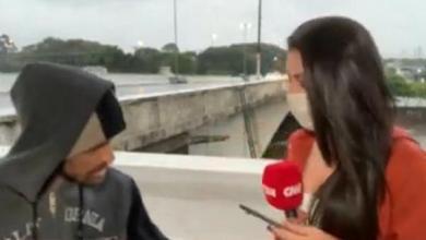 Photo of ABSURDO! Repórter da CNN é assaltada ao vivo por homem com faca