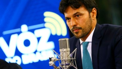 """Photo of """"Tecnologia 5G será o assunto de 2021"""", afirma Fábio Faria"""