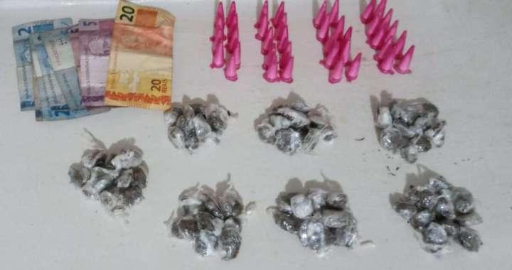 Policiamento de Área de Leme prende adolescente com mais de 100 porções de drogas