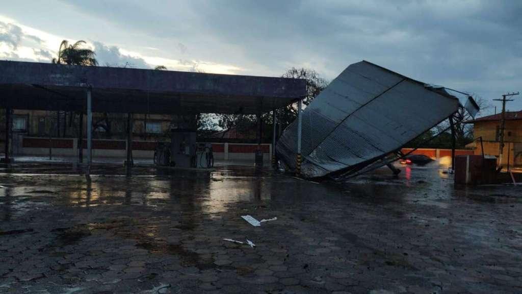 Vento, Chuva e Granizo: Pirassununga é atingida fortemente