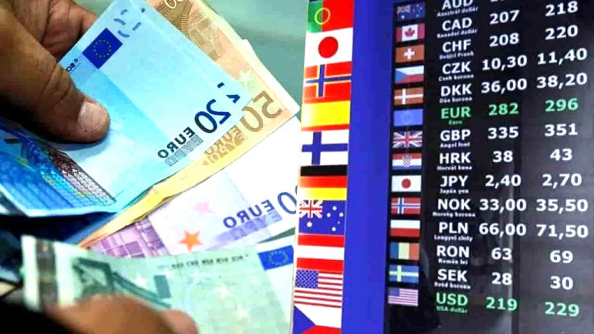 Change officiel : Forte dévaluation du dinar en six ans (2014-2020) |  REPORTERS ALGERIE
