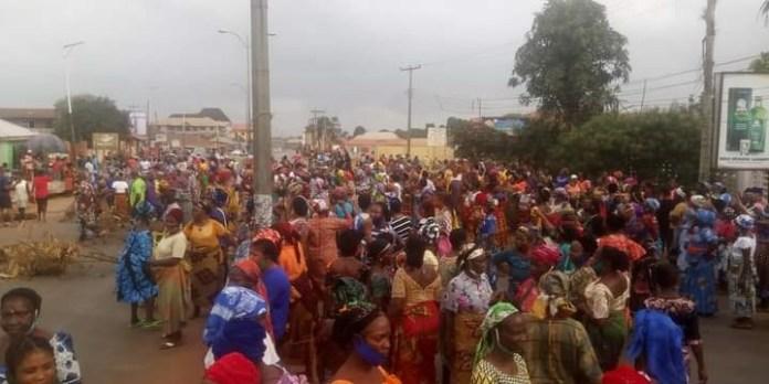 """Fulani Must Go"": Women In Edo Protest, Block Major Roads"