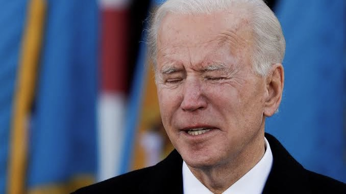Biden Mourns As 700,000 Americans Die From COVID-19 Complications