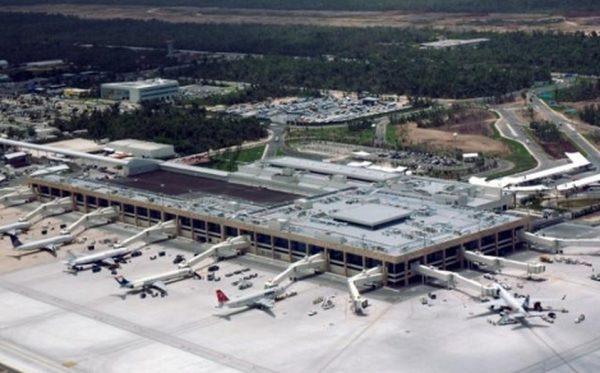 aeropuerto internacional de cancun 0 45 470 292 e1572239681615 - Lanza AMLO cuatro ataques sobre el dueño del aeropuerto de Cancún #AMLO