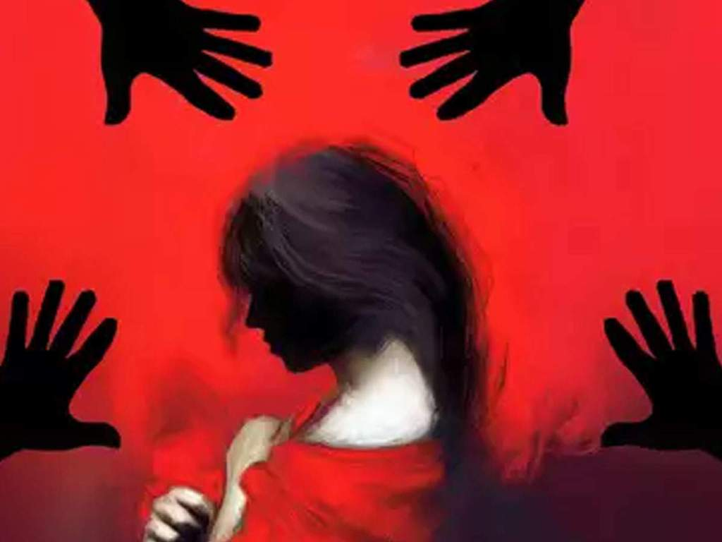 Woman murdered by ax after rape in UP!  dead body found in pit