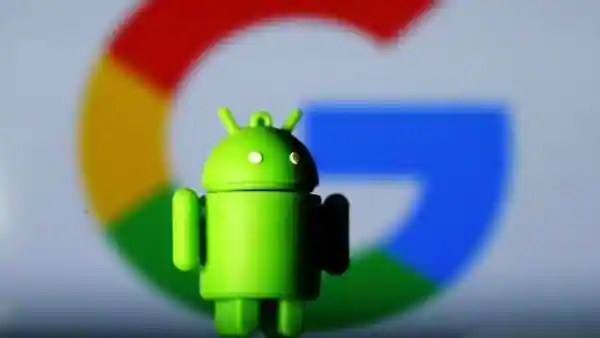 FILE PHOTO: A 3D printed Android mascot Bugdroid is seen in front of a Google logo in this illustration taken July 9, 2017.  REUTERS/Dado Ruvic/Illustration/File Photo (REUTERS)
