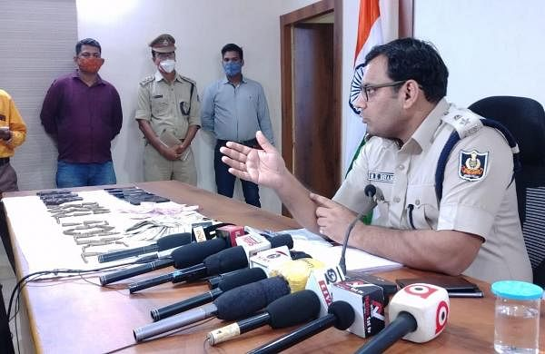 Massive extortion bid foiled in Odisha, 3 held with arms and ammunition