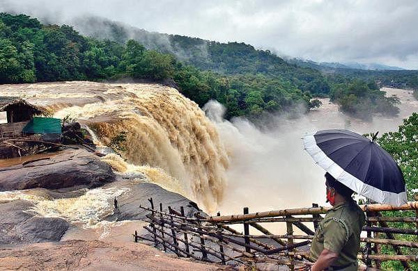 Two little siblings among three dead as rain lashes Kerala; dam shutters up