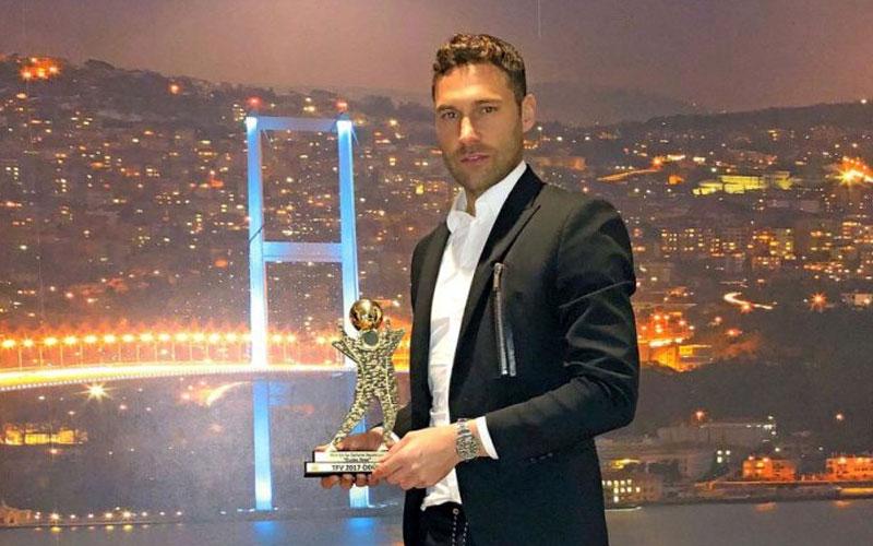 Duško Tošić najbolji defanzivac turske lige