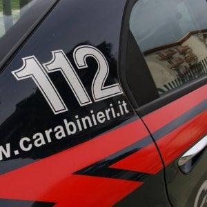 Bari, droga nascosta in frigo e armi in un appartamento a Japigia: tre arresti