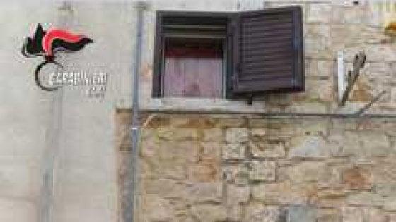 Bari, ragazzo non paga la cocaina e lo lanciano dalla finestra: arrestati tre spacciatori